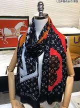 LV路易威登新款拼色立体提花长围巾/黑色/白色/咖色