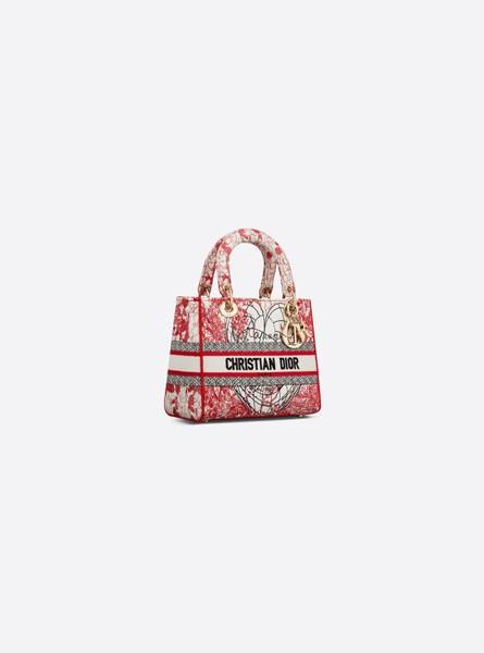 Dior高仿包包 迪奥a货包包 D-Royaume d'Amour 图案刺绣戴妃包