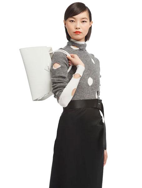 高仿Prada包包 普拉达a货包 2021春夏新款亮面手提包 腋下包